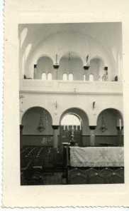 La synagogue de Aïn-Témouchent. Son père Isaac Chouraqui, président de la communauté, la fit construire.