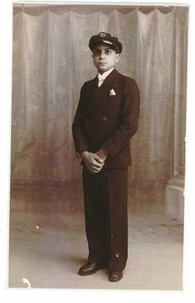 Sa bar mitsva en 1930.
